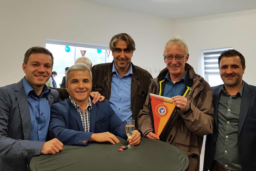 Von links: Deniz Kurku, Cengiz Caki, Deniz Bastürk, Axel Jahnz und Tarik Cirdi.on links: Deniz Kurku, Cengiz Caki, Deniz Bastürk, Axel Jahnz und Tarik Cirdi