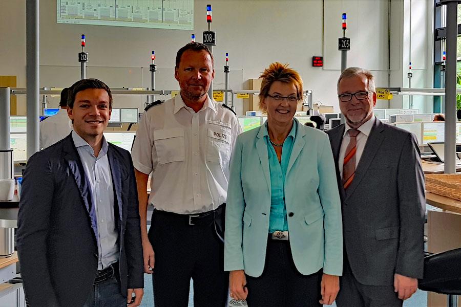 von links: Deniz Kurku, Heiko von Deetzen, Susanne Mittag, Johann Kühme