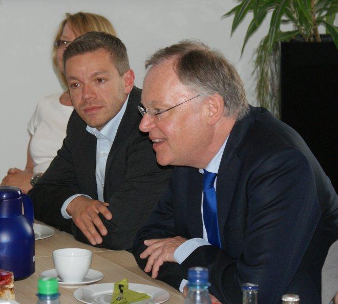 Deniz Kurk und Stephan Weil