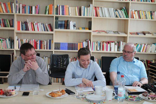 Im Institut für Demokratieforschung