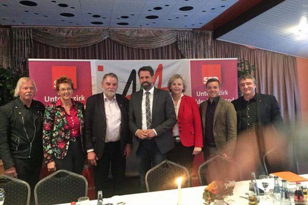 v.L. Bernd Bischof (AfA), Susanne Mittag, Axel Brammer, Olaf Lies, Karin Logemann, Deniz Kurku, Olaf Sasse (DGB)