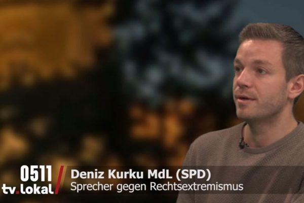Deniz Kurku beim Interview